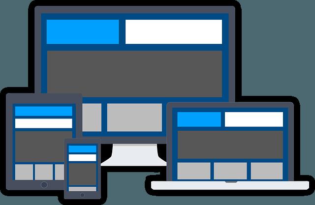 Écran d'ordinateur, de PC portable, de tablette et de smartphone affichant le même site Internet